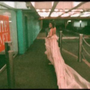 9 Мая Селена на Инстаграме: Я, когда я увидела свои фото с MET