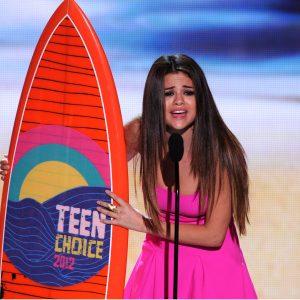 Голосуй за Селену в Teen Choice Awards 2018