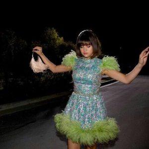 Новое фото Селены со съемок клипа Back To You