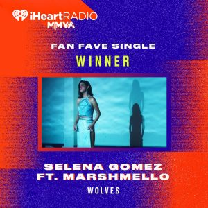 26 Августа Селена выиграла «Любимый Фанатский Сингл» на церемонии Much Music Video Awards