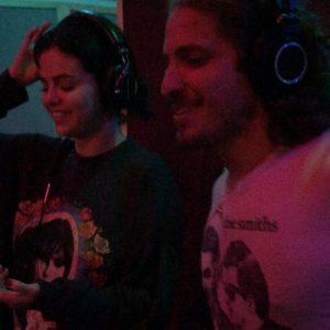 21 Сентября Селена на Инстаграме: Здесь я делаю свою новую песню лол