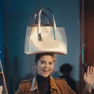 28 Ноября новая реклама для коллекции Селены «Lights Camera Holiday»
