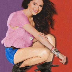 9 Декабря новый постер с Селеной из журнала Twist