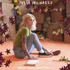 1 Февраля новое лирик видео на песню Джулии Майклс при участии Селены «Anxiety»