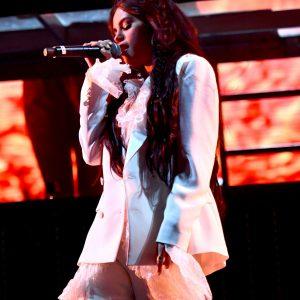 12 Апреля HD фото с выступления Селены с песней Taki Taki на фестивале Coachella в Калифорнии