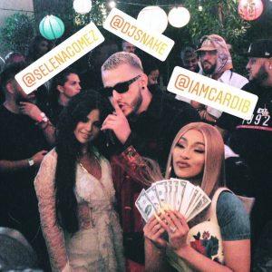 12 Апреля Селена с DJ Snake и Cardi B на музыкальном фестивале Coachella