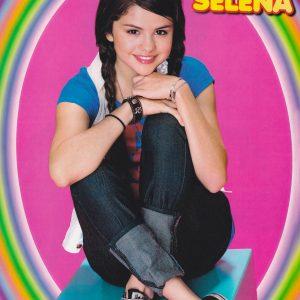 23 Апреля новое фото Селены из фотосессии  для журнала Tiger Beat 2008 года