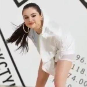 15 Июня новые видео с Селеной для рекламы одежды от Puma