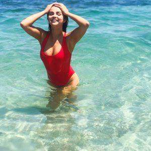 1 июля новые фото Селены для рекламы Krahs Swim