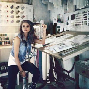 17 Августа новое фото Селены из фотосессии для Adidas NEO 2013 года
