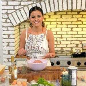 25 Августа новые стилы из кулинарного шоу Селены «Selena + Chef»