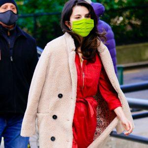 7 Декабря Селена покидает съемочную площадку сериала Only Murders In The Building на Манхеттене