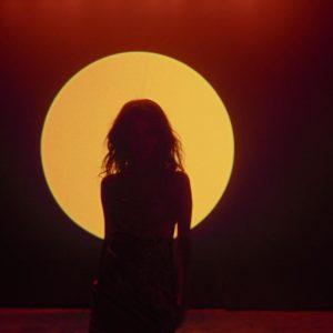 9 Марта позиции Baila Conmigo на этой неделе в чарте Billboard
