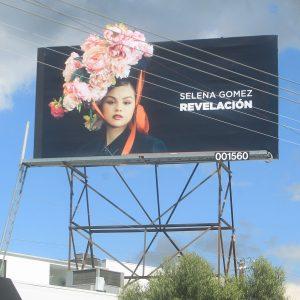 12 Марта реклама Revelacion замечена по всему миру