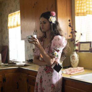24 Марта новые фото Селены из-за кулис со съемок клипа De Una Vez
