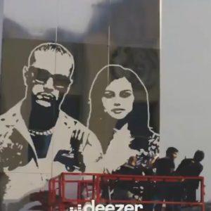 17 Марта видео из-за кулис с создания рекламного щита Selfish Love в Париже