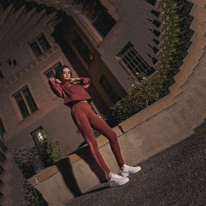 20 Апреля новое фото Селены из фотосессии для Puma The Cali Twist