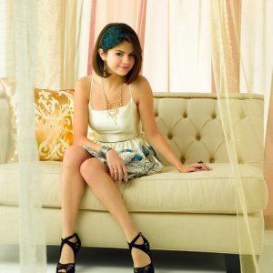2 Апреля новое фото Селены из фотосессии для Emmy Magazine