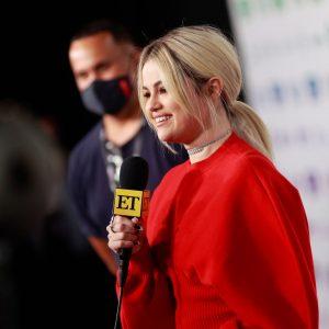 2 Мая новое интервью Селены для ET с красной дорожки концерта VaxLive